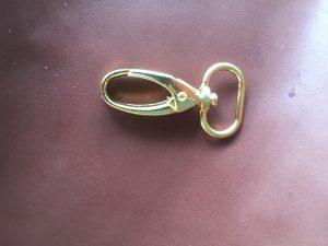 Trigger Hook 19  Br, oval loops